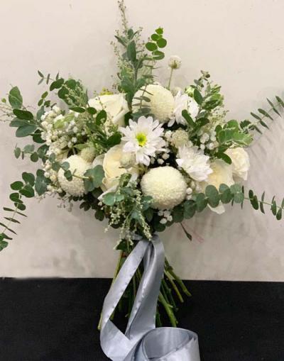 Tìm mua hoa hồng trắng ở đâu đẹp, chất lượng?