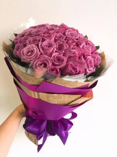 Bó hoa hồng tím 40 bông dành kỉ niệm tình yêu, kỉ niệm ngày cưới nhau