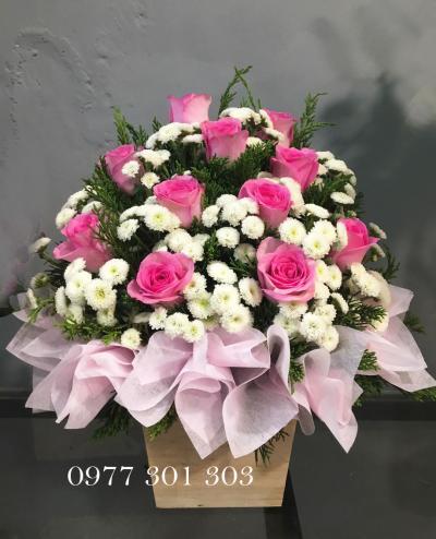 Hộp hoa Điều ngọt ngào dành cho em