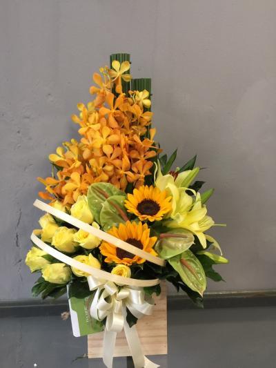 Hộp hoa Sinh nhật nhiều niềm vui