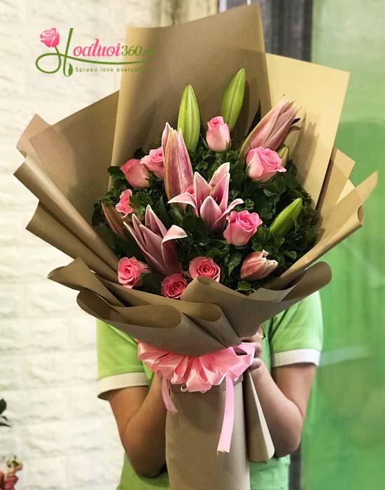 Bó hoa ly chúc mừng tinh tế