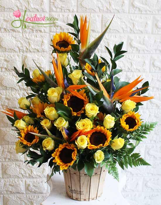 Hoa cắm hộp gỗ chúc mừng khai trương