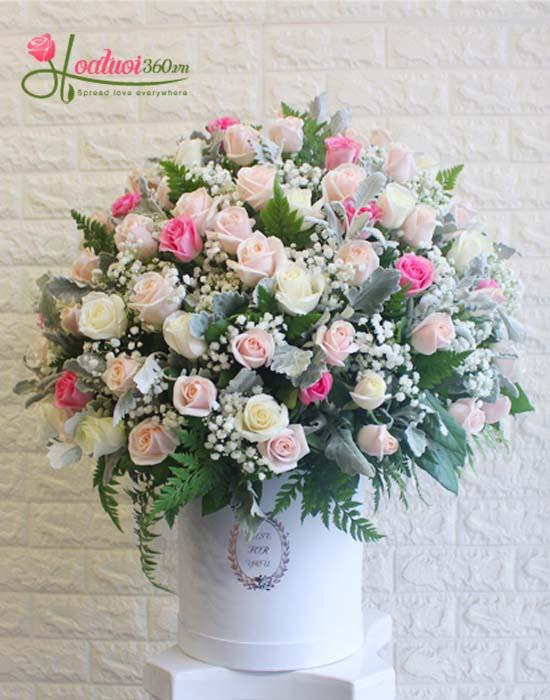 Đặt hoa định kì bằng hoa hồng ngọt ngào
