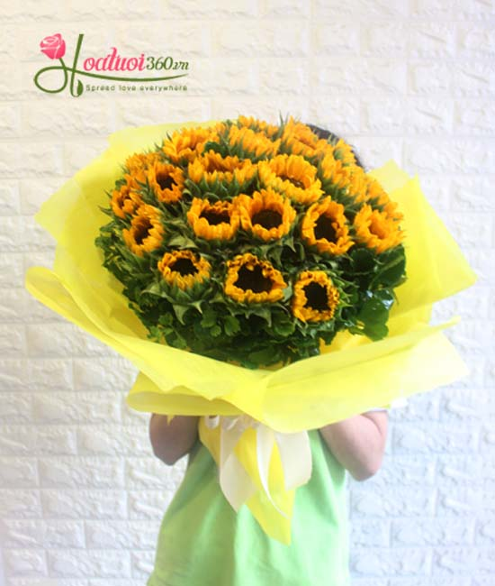 Bó hoa hướng dương mang thông điệp lòng thủy chung son sắt