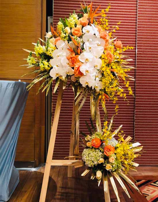 Hoa cao cấp chúc mừng sang trọng