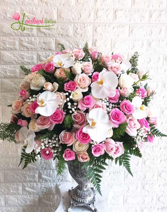 Bình hoa định kì đẹp và sang trọng