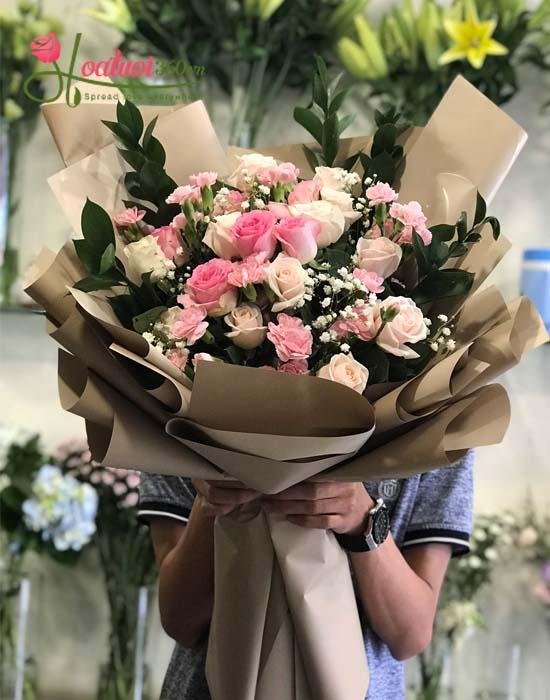 Bó hoa tươi mừng ngày 20/10 - Em đẹp nhất đêm nay