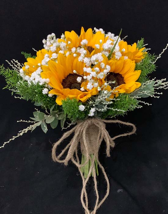 Bó hoa hướng dương cầm tay