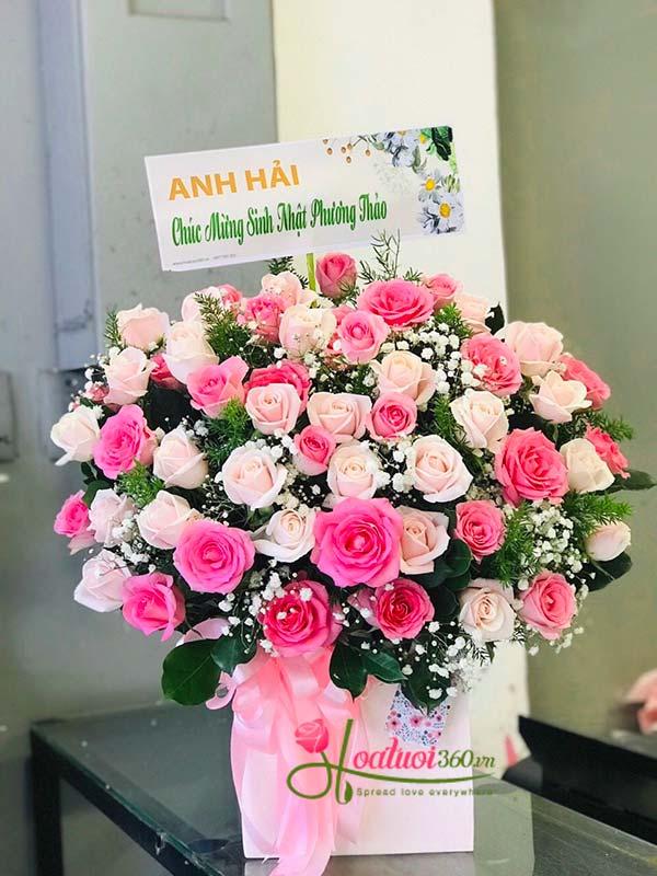 Hộp hoa chúc mừng sinh nhật tuổi thanh xuân rực rỡ