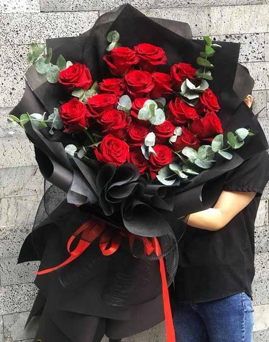 Hoa hồng ecuador màu đỏ đầm thắm