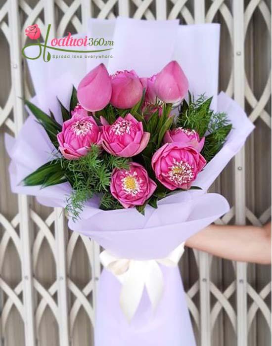 Bó hoa sen đẹp tượng trưng vẻ đẹp người phụ nữ