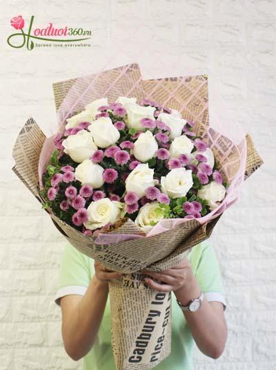 Bó hoa hồng trắng kết hợp cùng hoa cúc tím đẹp nhất