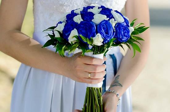 Hồng xanh kết hợp cực ý nghĩa trong lễ cưới