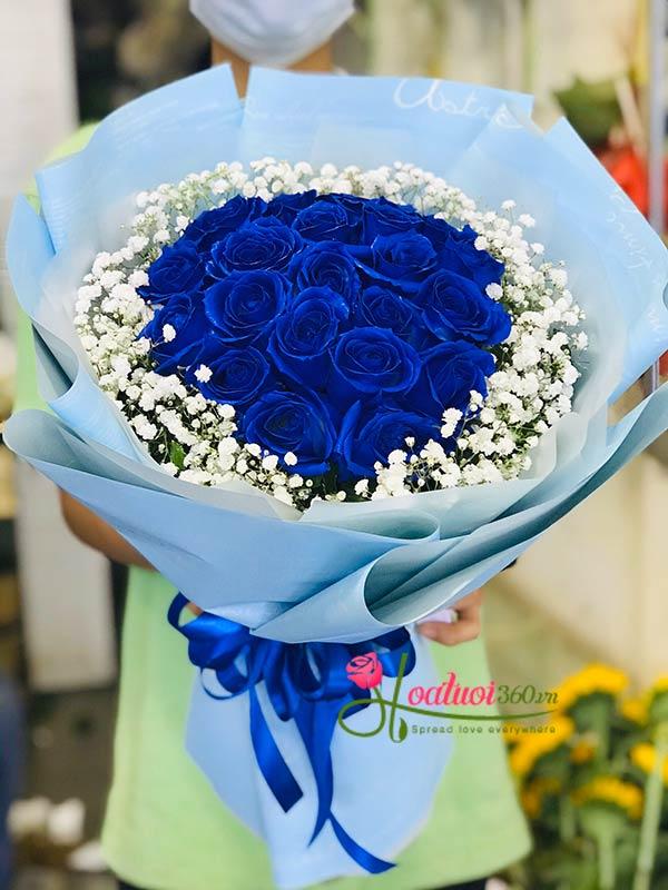 Bó hoa mừng tốt nghiệp tặng cho người yêu đầy lẵng mạn