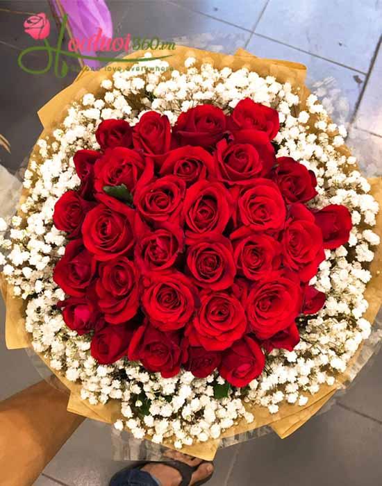 bó hoa hồng đỏ đằm thắm