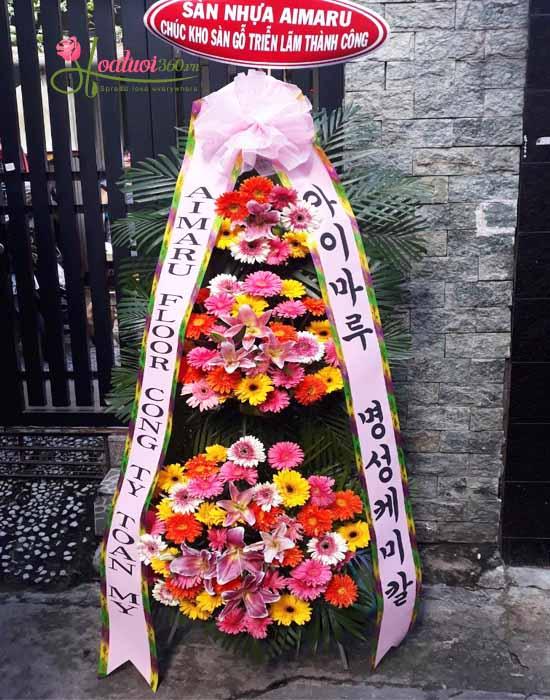 kệ hoa khai trương Hàn Quốc với hoa đồng tiền mang đến tiền tài