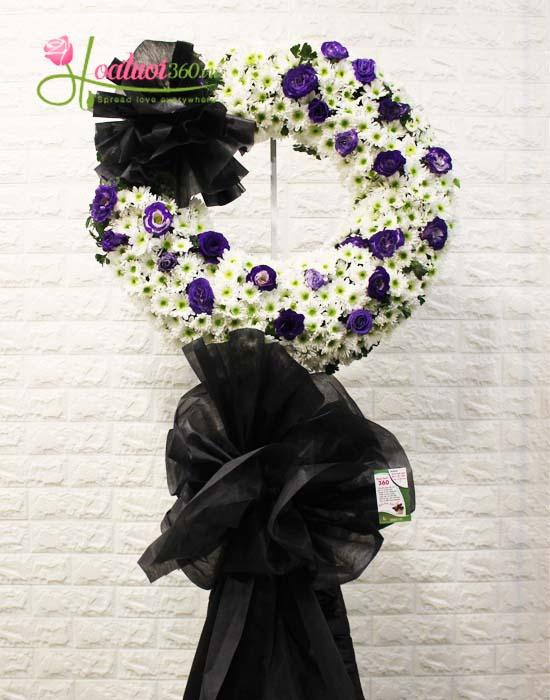 Kệ hoa chia buồn tỏ lòng thành kính, sự tiếc thương với người đã mất