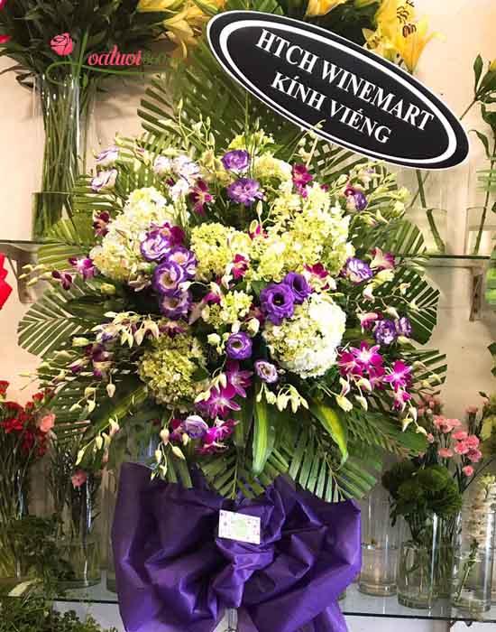 Kệ hoa chia buồn - tiếc thương hoa tươi nguyễn thị thập