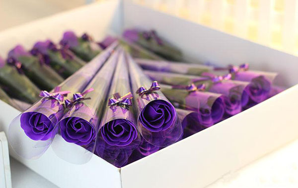 Hoa hồng sáp thơm cho tình yêu ngọt ngào và hạnh phúc