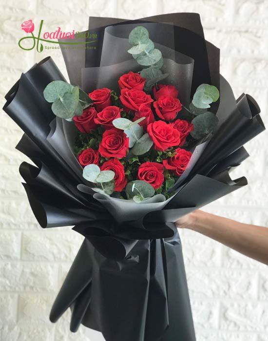 Bó hồng đỏ chúc mừng sinh nhật - rực cháy một tình yêu