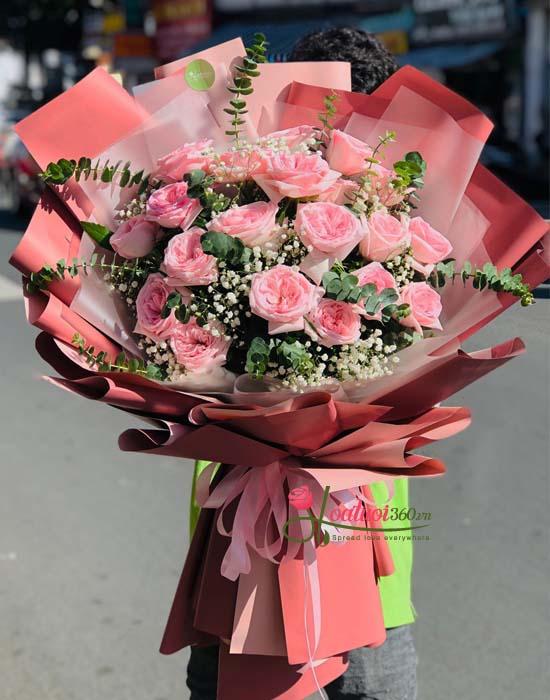 Hoa hồng bó chúc mừng ngày 8/3 nhẹ nhàng