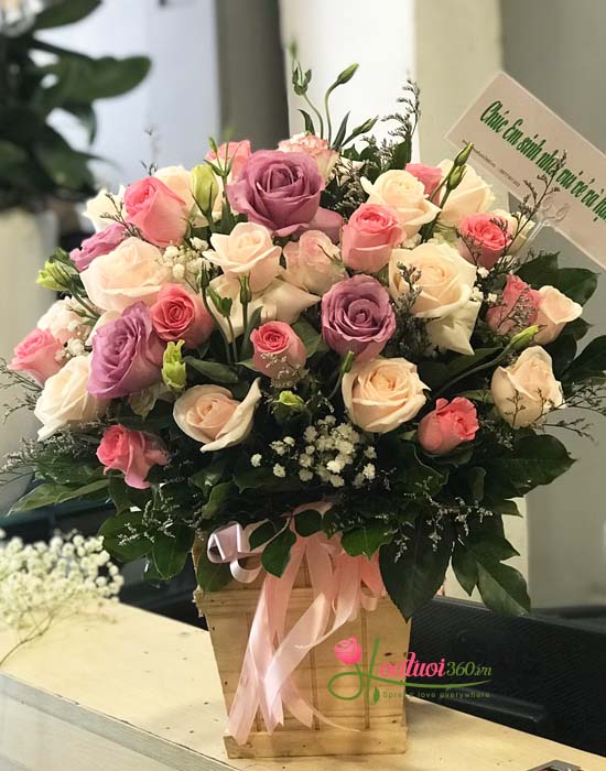 Hoa cắm hộp gỗ sang trọng