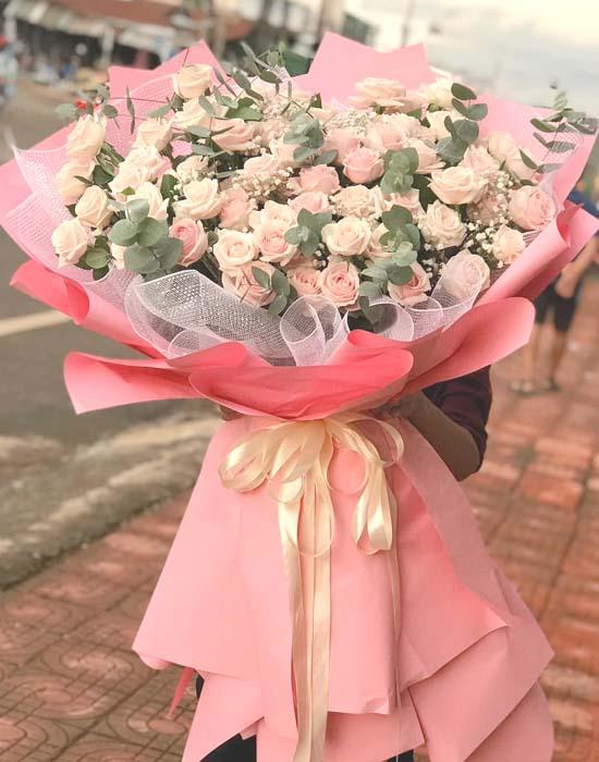 Hoa hồng tặng Giáng Sinh ngọt ngào
