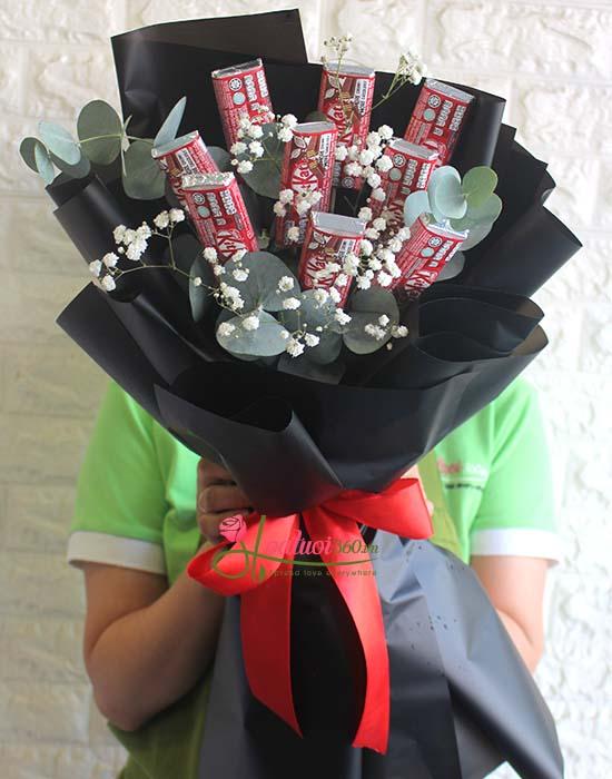 Bó hoa kitkat