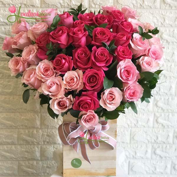 hộp hoa valentine sang trọng