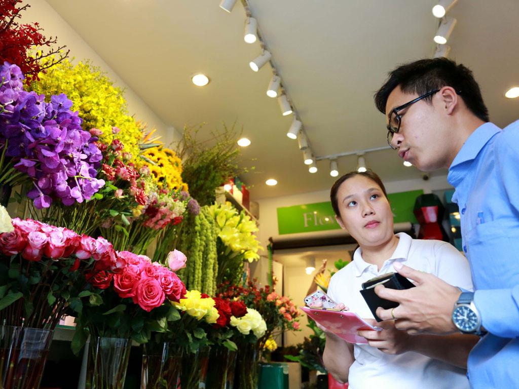 Những chú ý khi mua hoa để hoa được tươi lâu