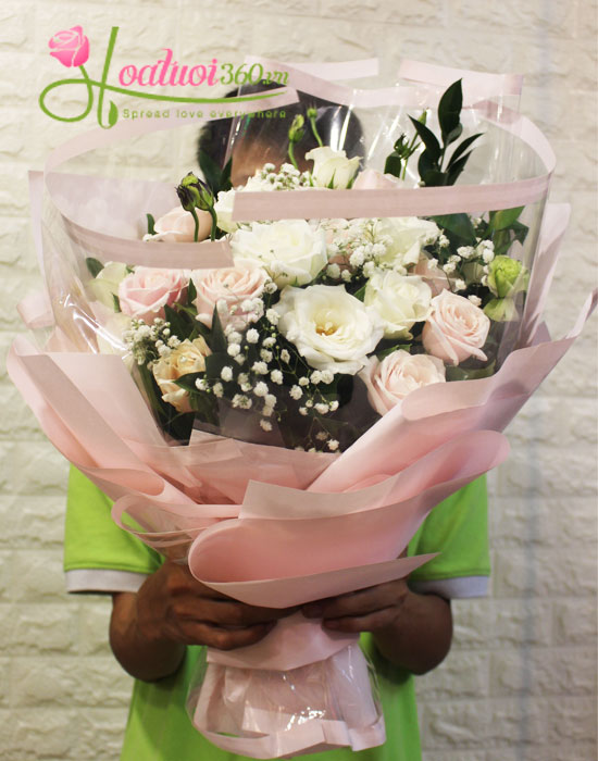 Bó hoa hồng trắng tuyệt đẹp đốn tim nàng