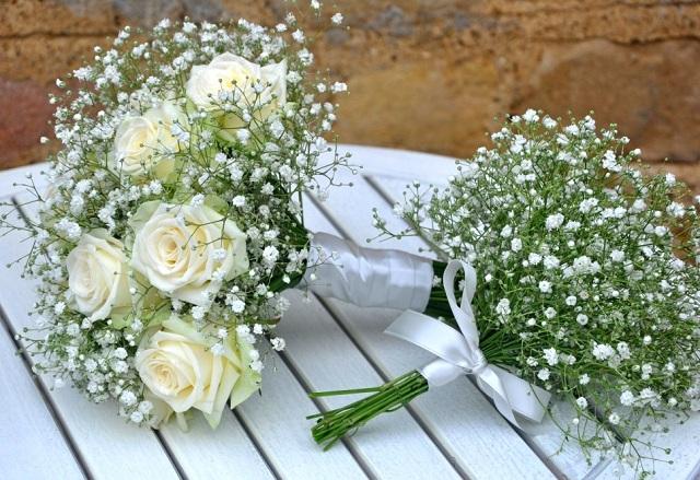 Bó hoa baby trắng xinh đẹp được dùng làm hoa cầm tay cô dâu